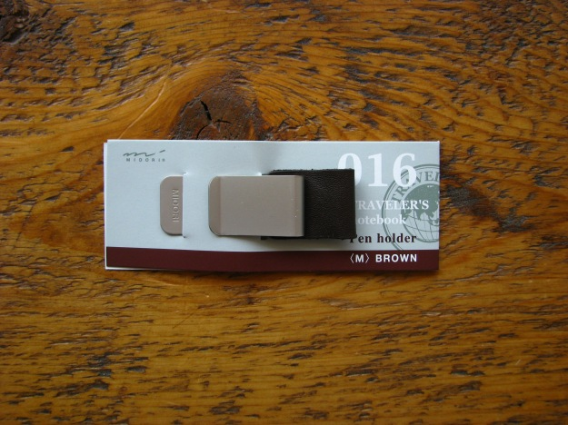 Midori Pen Holder (M) - Available in Black or Brown