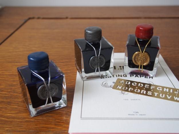 Giveaway from Wonder Pens wonderpens.ca Stormy Grey Bleu Ocean Rouge Hematite