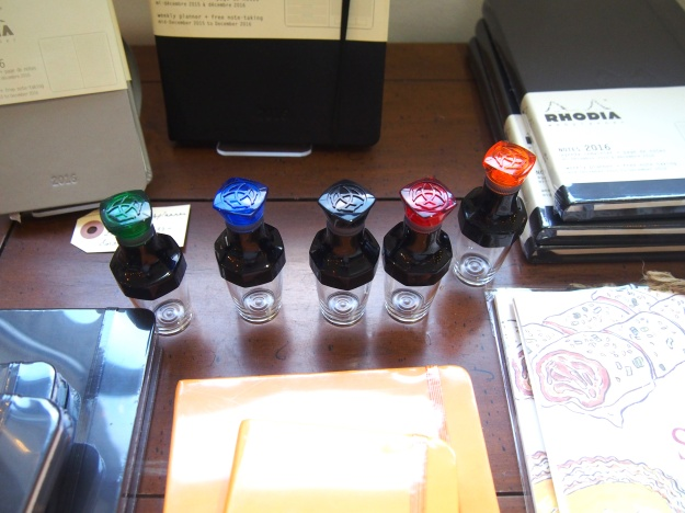 TWSBI Vac-20 bottles for Vac-700 and Vac-Mini Fountain Pens at Wonder Pens wonderpens.ca Toronto Canada