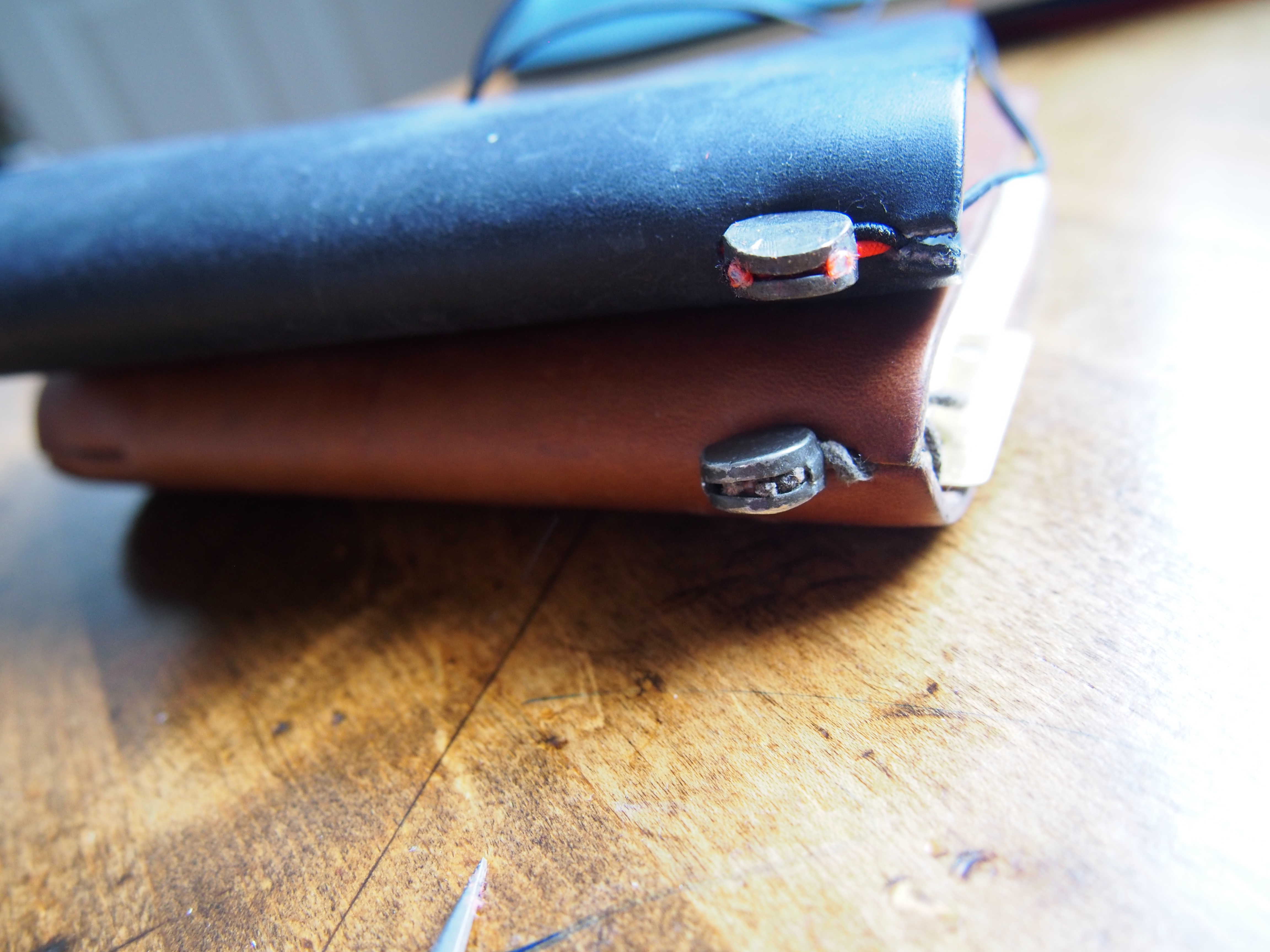 How to replace the elastic on your Midori Traveler's Notebook Wonder Pens Canada Toronto